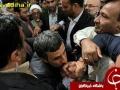 بوسه های احمدی نژاد (3)_Copy1