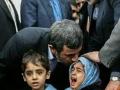 بوسه های احمدی نژاد (4)_Copy1