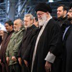 کلیپ گریه رهبری در نماز شهید سردار قاسم سلیمانی